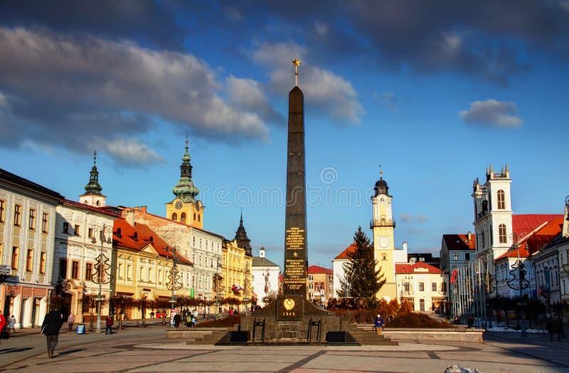 Σοβιετικό πολεμικό μνημείο σε κύριο τετραγωνικό Banska Bystrica Σλοβακία στοκ εικόνα
