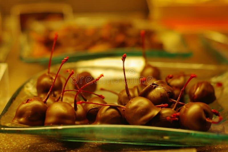 Download σοκολάτα κερασιών στοκ εικόνες. εικόνα από κεράσια, τρόφιμα - 397398