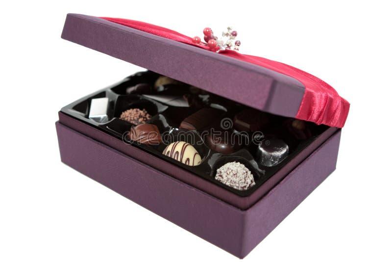σοκολάτες κιβωτίων ανοικτές στοκ εικόνα με δικαίωμα ελεύθερης χρήσης