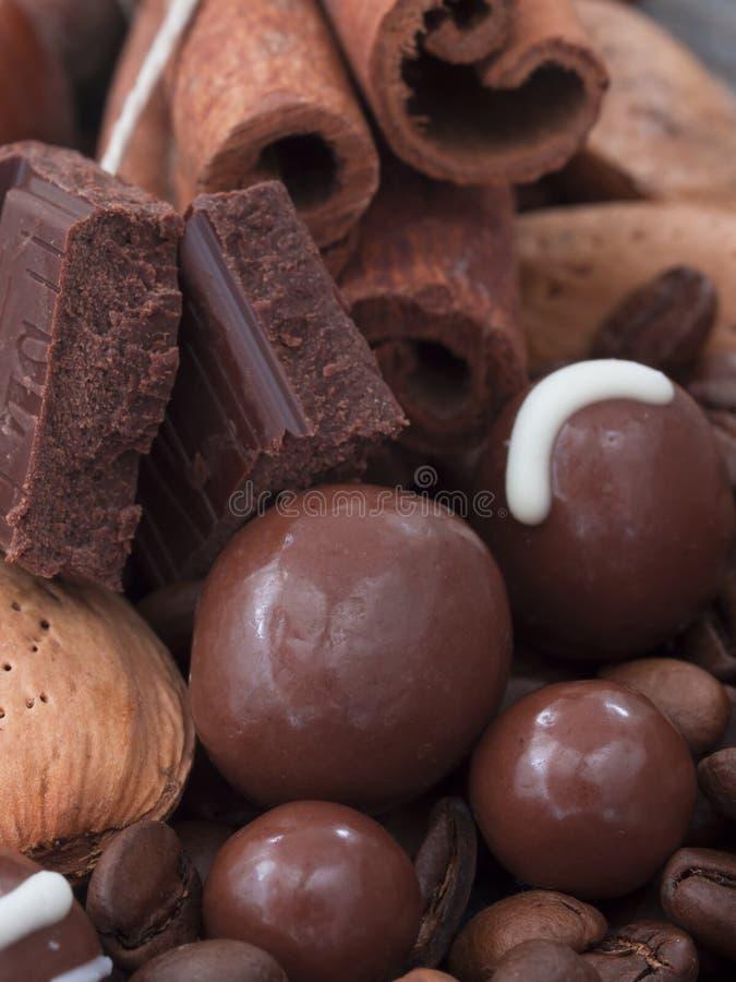 Σοκολάτα με την κανέλα στοκ εικόνες