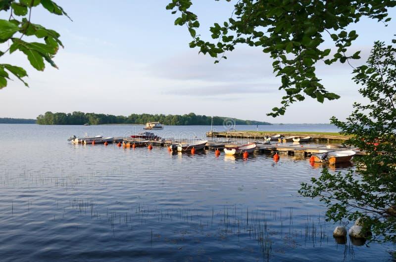 Σουηδικό λιμάνι βαρκών λιμνών στοκ εικόνες με δικαίωμα ελεύθερης χρήσης