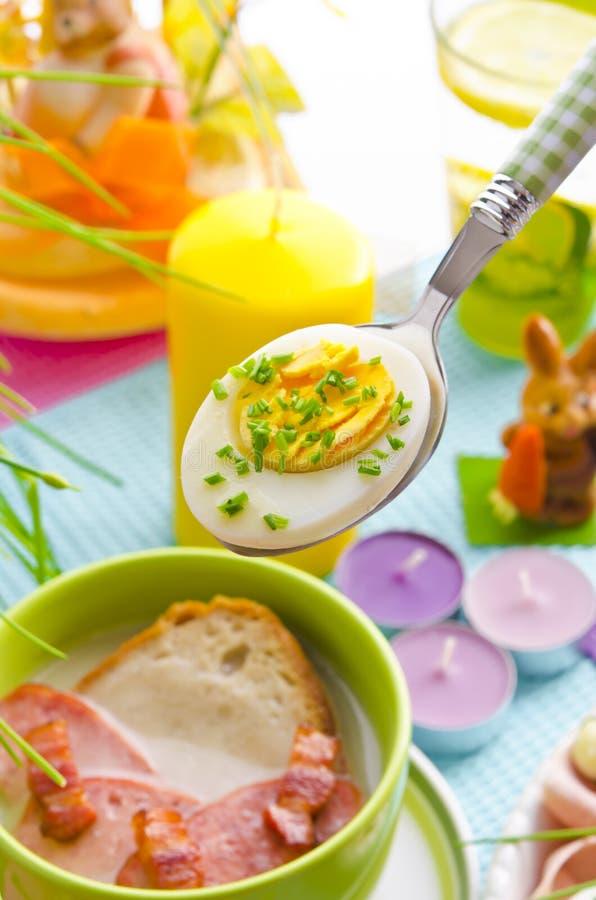 σούπα στιλβωτικής ουσίας Πάσχας ζύμης ξινή στοκ φωτογραφίες