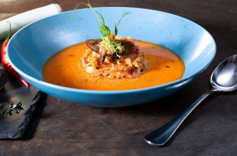 Σούπα ψαριών Bouillabaisse στοκ φωτογραφία με δικαίωμα ελεύθερης χρήσης