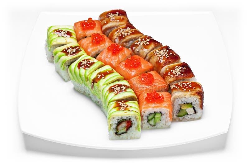 Σούσια ή kimbap με τους ρόλους θαλασσινών, ρυζιού και φυκιών λαχανικών στοκ εικόνες