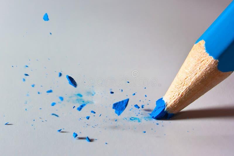 σπάζοντας μολύβι στοκ φωτογραφία με δικαίωμα ελεύθερης χρήσης