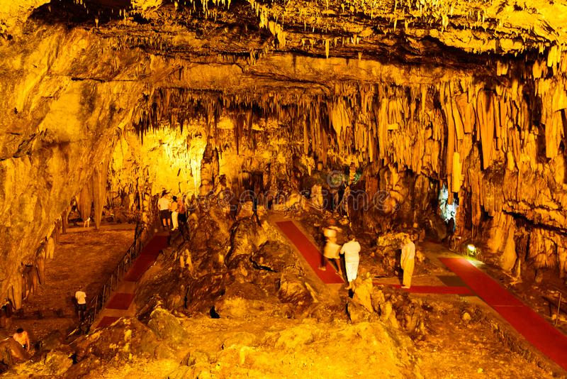 Σπήλαιο Δρογκαράτι στο νησί της Κεφαλονιάς στην Ελλάδα στοκ εικόνες