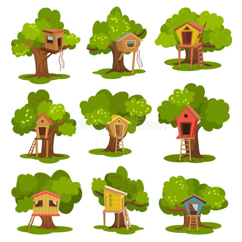 Σπίτια δέντρων καθορισμένα, ξύλινες καλύβες στα πράσινα δέντρα για διανυσματικές απεικονίσεις δραστηριότητας και αναψυχής παιδιών απεικόνιση αποθεμάτων