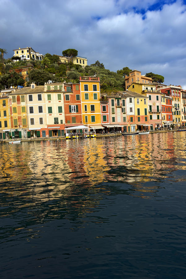 Σπίτια σε Portofino - Λιγυρία Ιταλία στοκ φωτογραφία