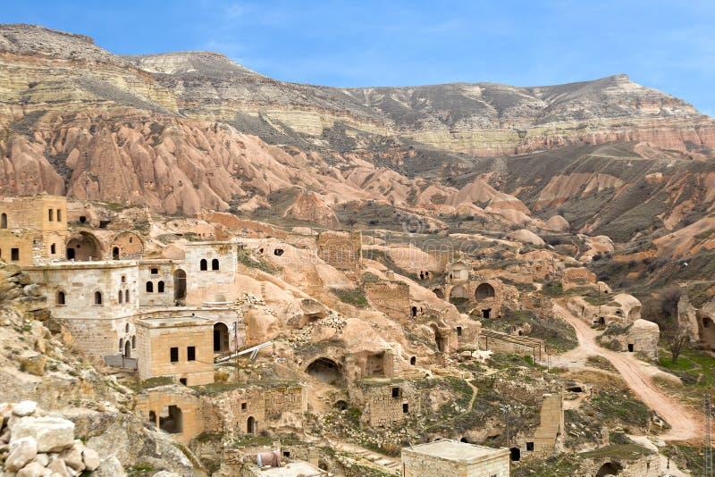 Σπίτια σπηλιών σε Cavusin στοκ εικόνες