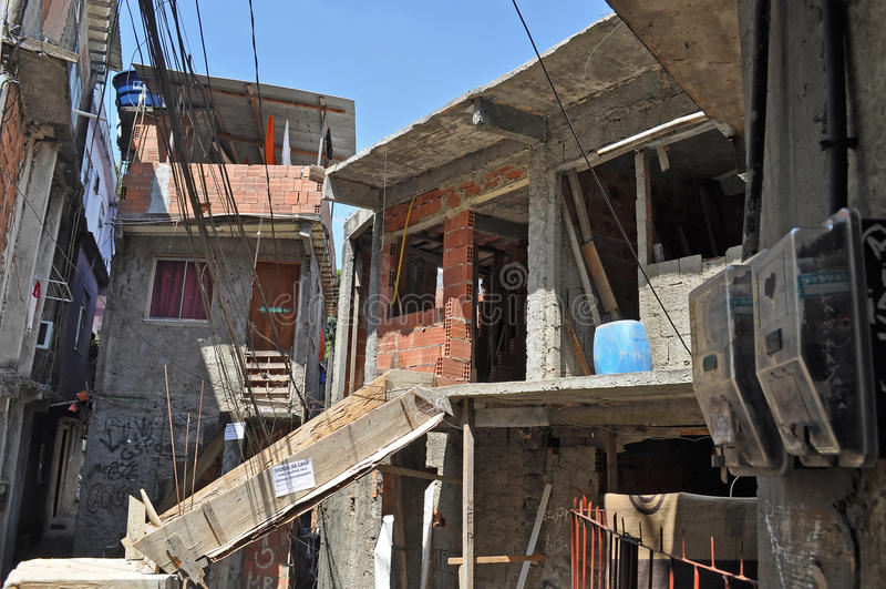 Σπίτια του βραζιλιάνου favela στο Ρίο ντε Τζανέιρο στοκ φωτογραφίες
