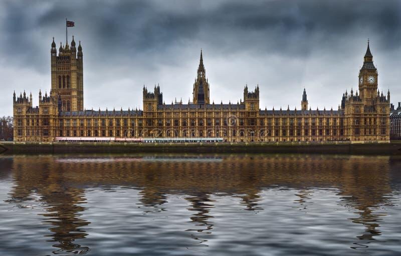 Σπίτια του Κοινοβουλίου στο Λονδίνο Αγγλία στοκ φωτογραφία με δικαίωμα ελεύθερης χρήσης