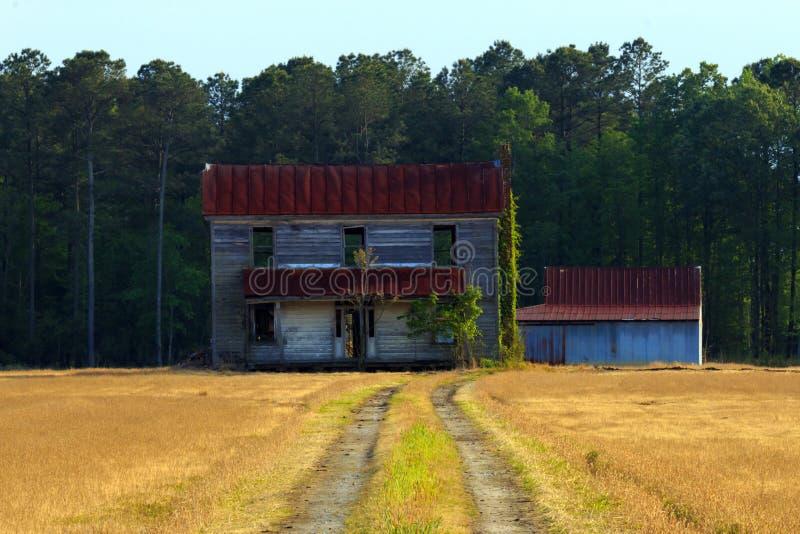 σπίτι απομονωμένο στοκ φωτογραφία με δικαίωμα ελεύθερης χρήσης