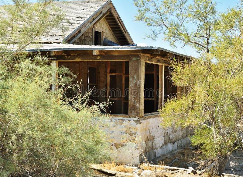 σπίτι ερήμων που καταστρέφεται στοκ εικόνες με δικαίωμα ελεύθερης χρήσης