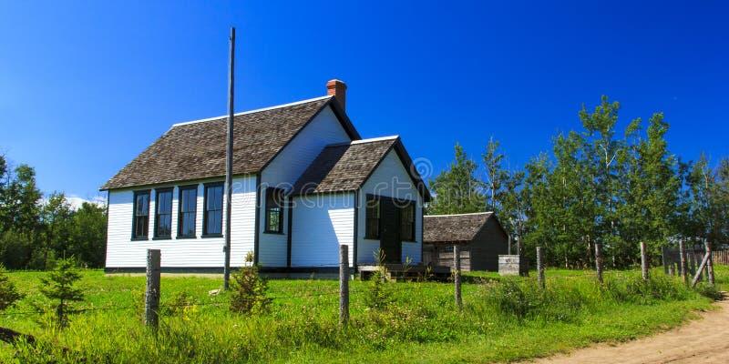 Σπίτι παλιού σχολείου στοκ εικόνες