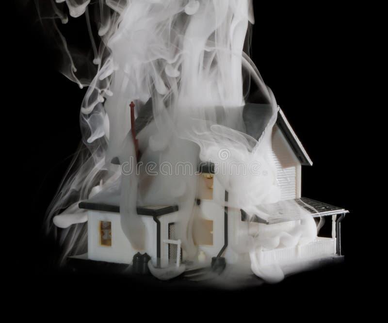 σπίτι πυρκαγιάς στοκ φωτογραφίες