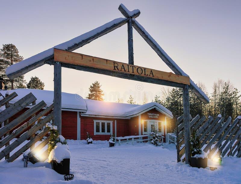 Σπίτι στο αγρόκτημα ταράνδων Raitola το χειμώνα Ροβανιέμι Lappish Finla στοκ εικόνες με δικαίωμα ελεύθερης χρήσης