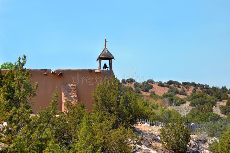 Σπίτι συνεδρίασης της πλίθας με τον πύργο κουδουνιών στοκ εικόνα με δικαίωμα ελεύθερης χρήσης