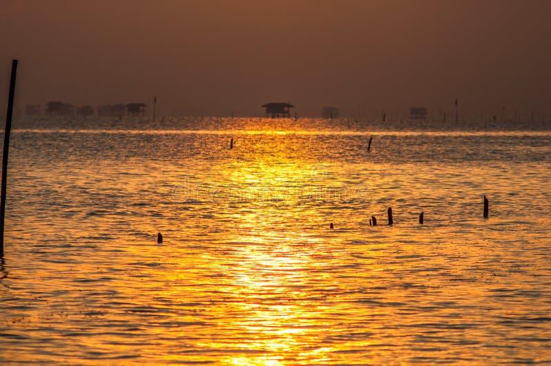 Σπίτι του εν πλω ψαρά ανατολής στοκ φωτογραφία με δικαίωμα ελεύθερης χρήσης