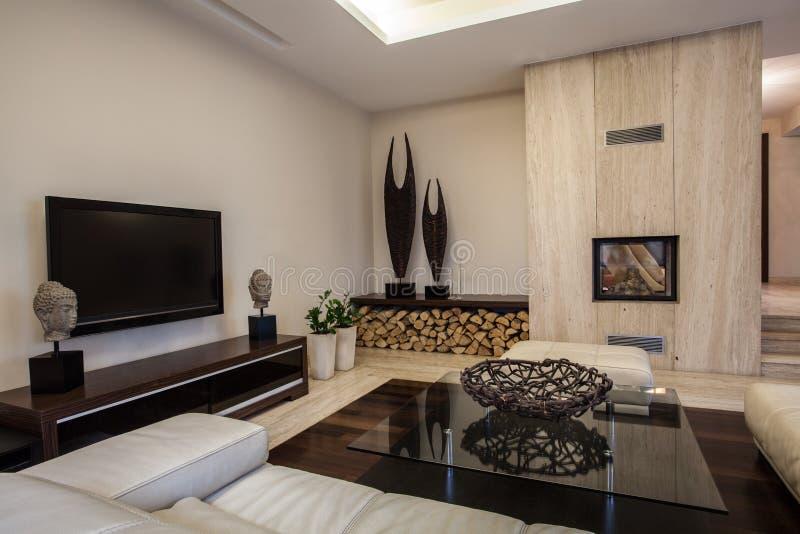 Σπίτι τραβερτινών: Πλεγμένο εσωτερικό διακοσμήσεων στοκ φωτογραφία