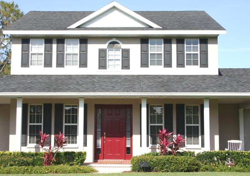 Download σπίτι στοκ εικόνες. εικόνα από σπίτι, πόρτα, στήλες, αέτωμα - 84152