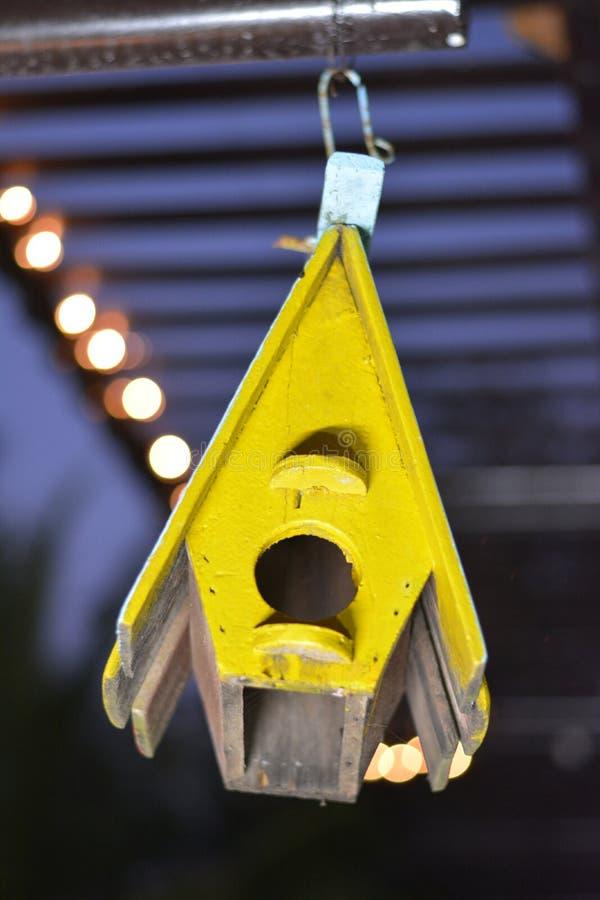 σπίτι s πουλιών στοκ φωτογραφία με δικαίωμα ελεύθερης χρήσης