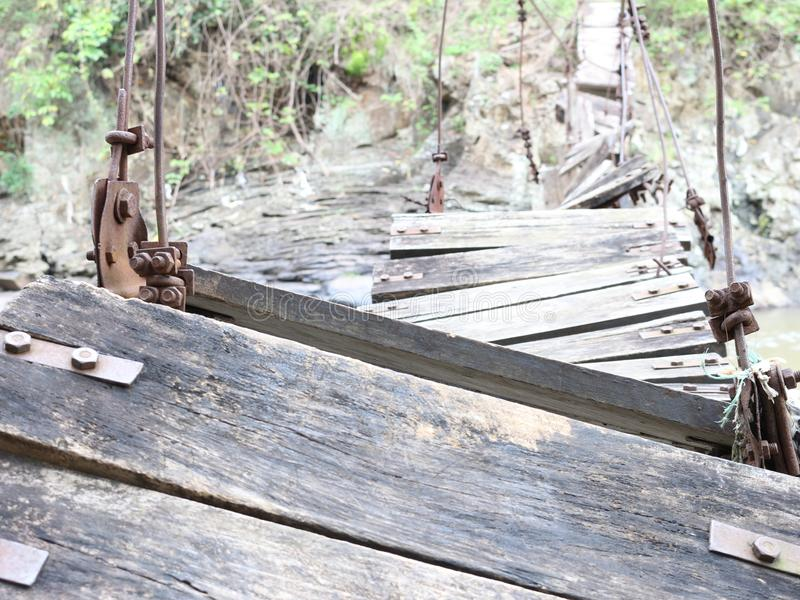 Σπασμένη γέφυρα στο χωριό της ανατολικής Ιάβας στοκ εικόνες
