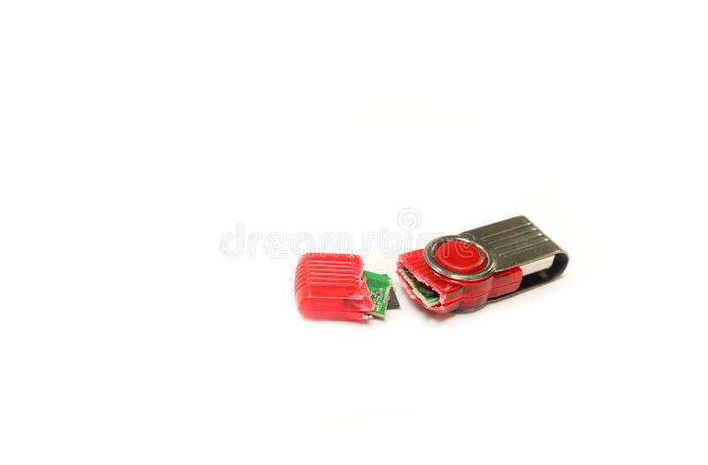 Σπασμένη κίνηση λάμψης USB που απομονώνεται στο άσπρο υπόβαθρο στοκ φωτογραφία