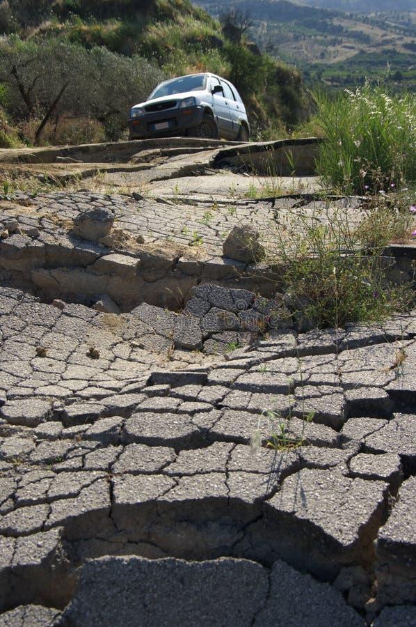 σπασμένος δρόμος στοκ φωτογραφίες