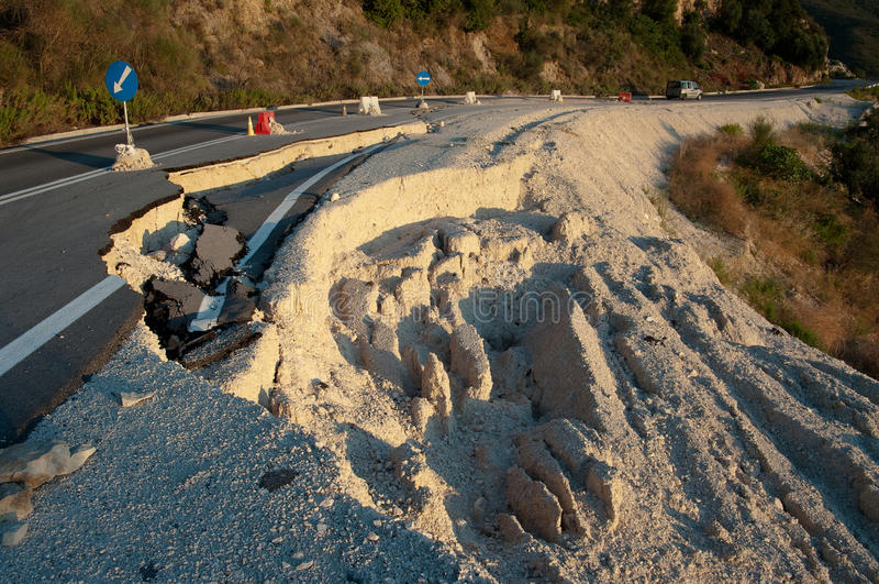 σπασμένος δρόμος στοκ εικόνα