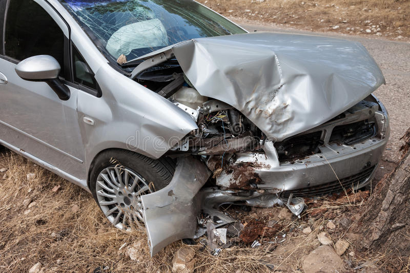 Σπασμένο αυτοκίνητο στοκ εικόνα με δικαίωμα ελεύθερης χρήσης