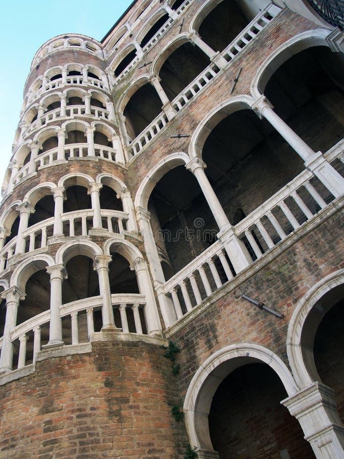 Σπειροειδής σκάλα palazzo της Βενετίας Scala Contarini del Bovolo στοκ εικόνες με δικαίωμα ελεύθερης χρήσης