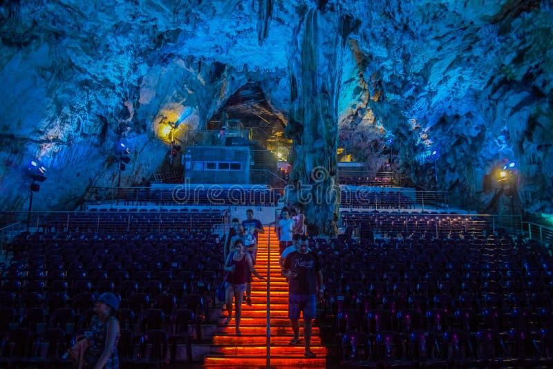 Σπηλιά Αγίου Michael στοκ φωτογραφία με δικαίωμα ελεύθερης χρήσης