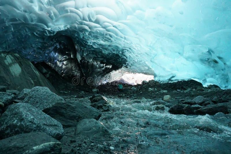 Σπηλιά πάγου στοκ εικόνες