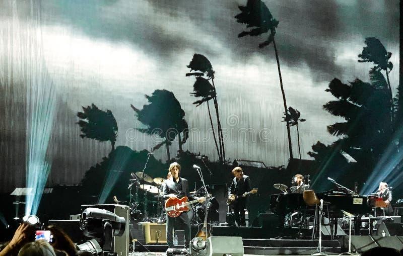 Σπηλιά του Nick & οι κακοί σπόροι στη συναυλία στη Βιέννη στοκ εικόνα