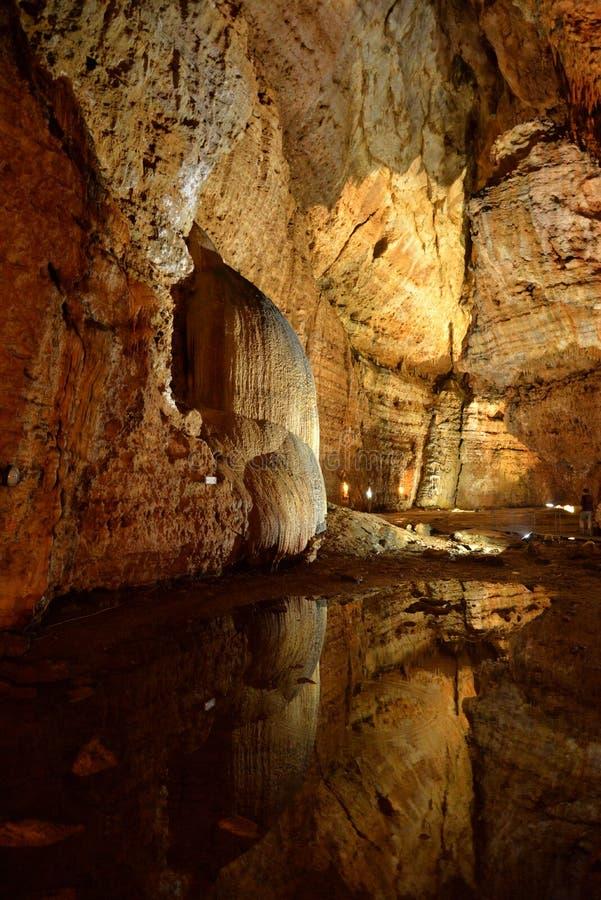 Σπηλιά Corbeddu στη Σαρδηνία στοκ εικόνα με δικαίωμα ελεύθερης χρήσης