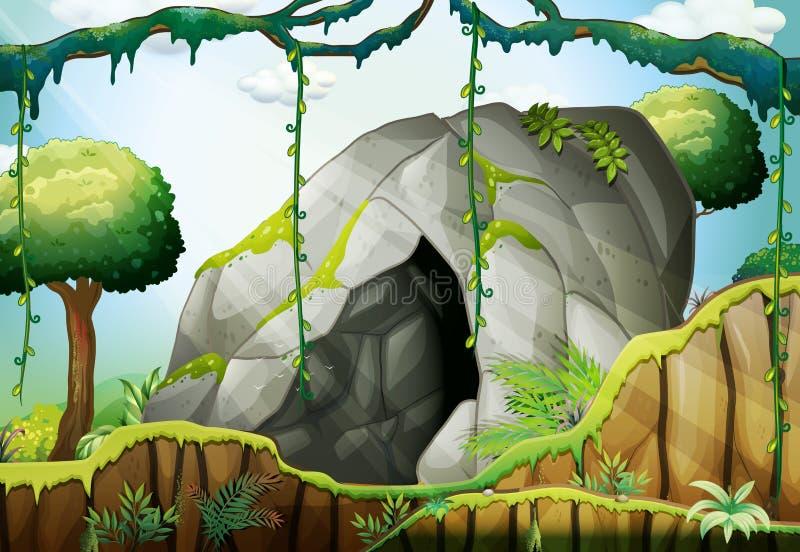 Σπηλιά στο βαθύ δάσος ελεύθερη απεικόνιση δικαιώματος