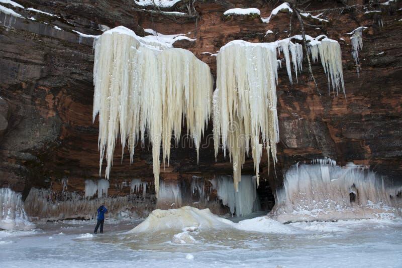 Σπηλιές πάγου νησιών αποστόλων, χειμερινή εποχή στοκ εικόνα