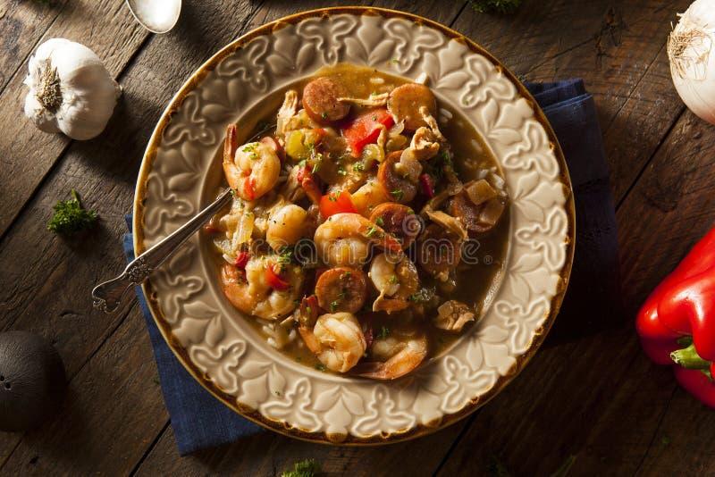 Σπιτικά γαρίδες και λουκάνικο Cajun Gumbo στοκ φωτογραφίες