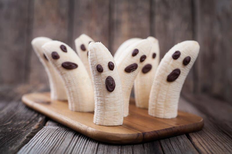Σπιτικά τέρατα φαντασμάτων μπανανών αποκριών τρομακτικά στοκ φωτογραφία με δικαίωμα ελεύθερης χρήσης