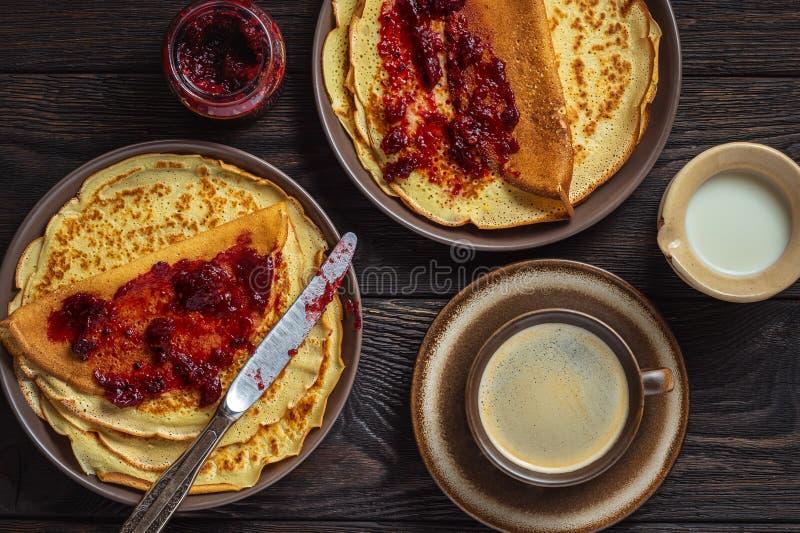 Σπιτικές γαρίδες με μαρμελάδα και καφέ στοκ φωτογραφίες με δικαίωμα ελεύθερης χρήσης