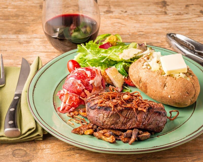 Σπιτικό γεύμα κυματωγών και τύρφης στοκ εικόνες με δικαίωμα ελεύθερης χρήσης
