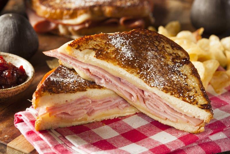 Σπιτικό σάντουιτς του Monte Cristo στοκ φωτογραφία με δικαίωμα ελεύθερης χρήσης