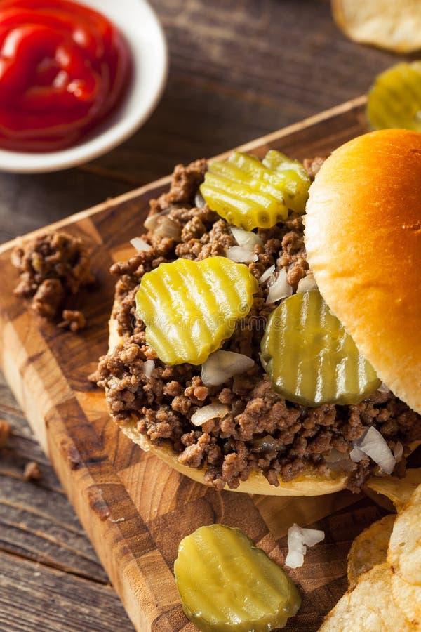 Σπιτικό χαλαρό σάντουιτς ταβερνών κρέατος στοκ φωτογραφία με δικαίωμα ελεύθερης χρήσης