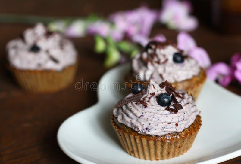 Σπόρος παπαρουνών cupcakes στοκ φωτογραφία