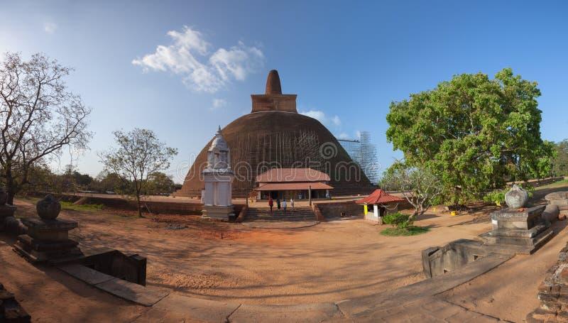 Σρι Λάνκα, Anuradhapura Αναδημιουργία Dagoba Abhayagiri στοκ εικόνα