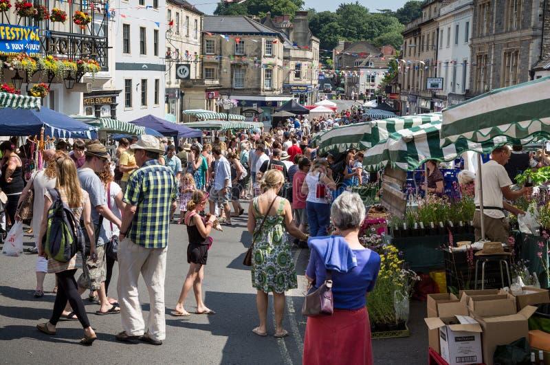 Στάβλοι της αγοράς της Κυριακής Frome στην αγορά στοκ φωτογραφίες