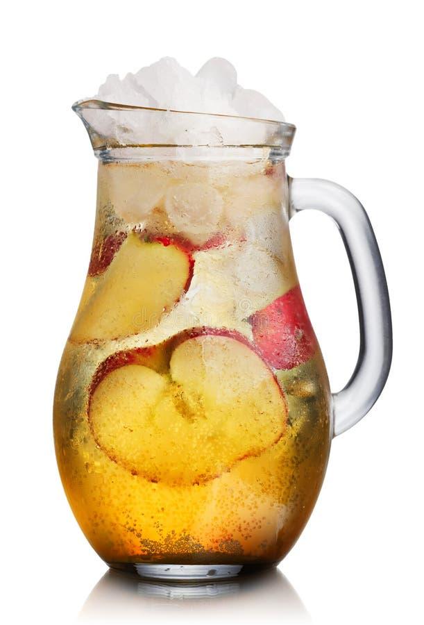 Στάμνα της Apple spritzer (apfelschorle) στοκ εικόνες