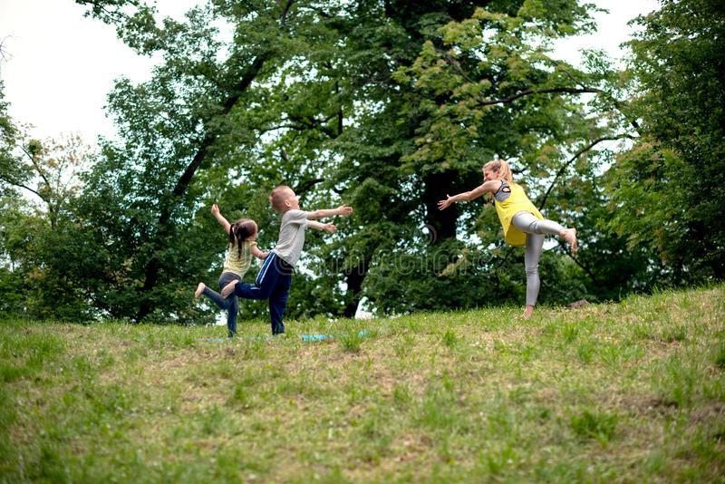 Στάση και ισορροπία διδασκαλίας στοκ φωτογραφίες με δικαίωμα ελεύθερης χρήσης