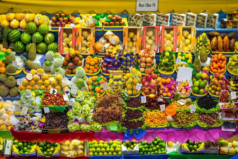 Στάση νωπών καρπών στη δημοτική αγορά στο Σάο Πάολο, Βραζιλία στοκ φωτογραφίες με δικαίωμα ελεύθερης χρήσης