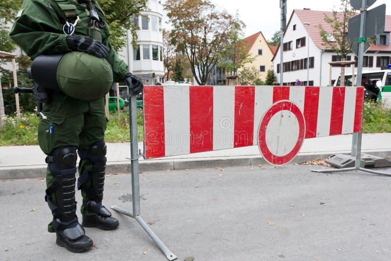 στάση σημαδιών αστυνομίας  στοκ εικόνες με δικαίωμα ελεύθερης χρήσης